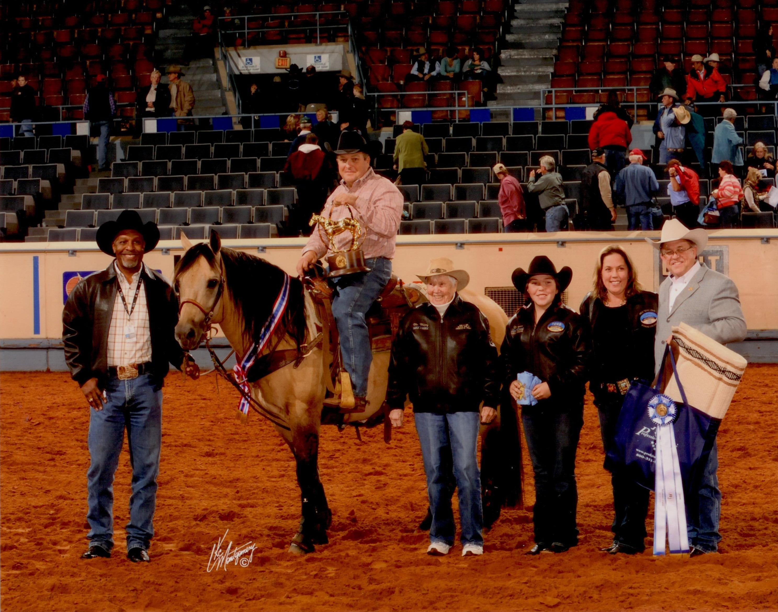 Dun It Big AQHA World Champion Sr. Heeling