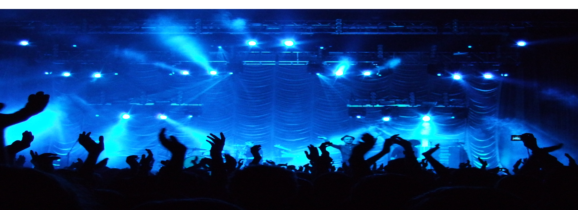 Concerts are always more fun when you arrive in style!  Book the A2B Transit limo for your trip 844.354.6622.