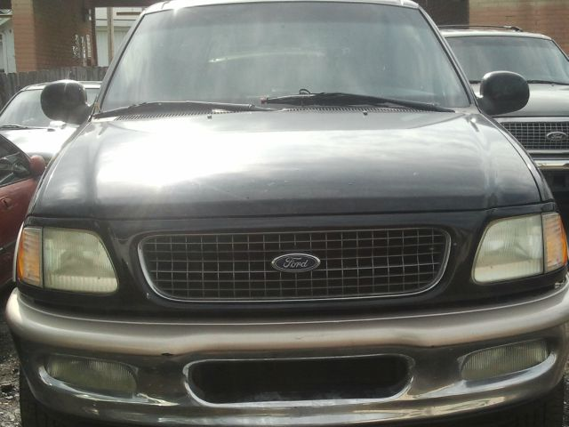 1999 ford expedition eddie bauer 2 000 burton s used cars 1999 ford expedition eddie bauer 2