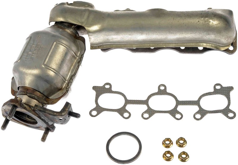 Dorman 674617 Exhaust Manifold with Integrated Catalytic Converter Fits 2001-2004 Chevrolet Tracker