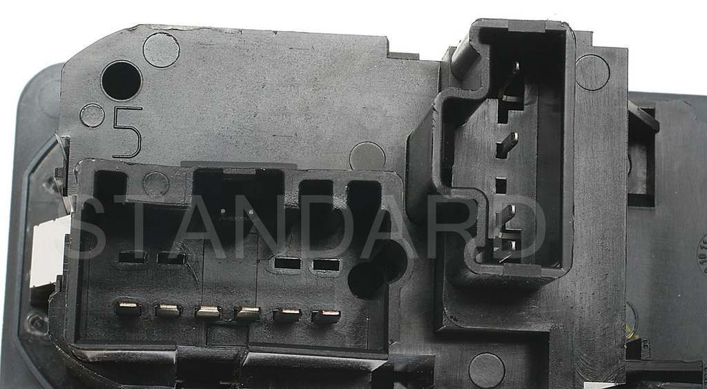 Standard DS1362 Headlight Switch Fits 2001-2004 Ford F-450 Super Duty