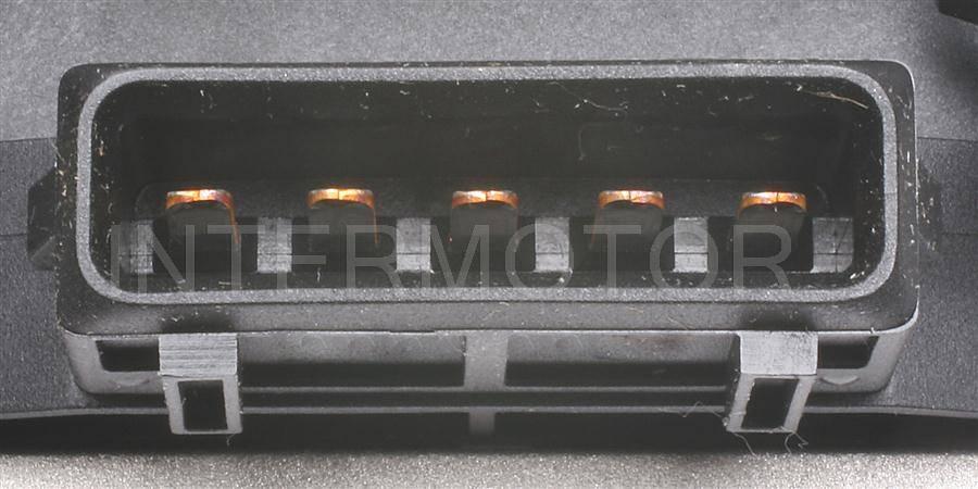 Standard UF163 Ignition Coil Fits 1994-1997 Volkswagen Passat
