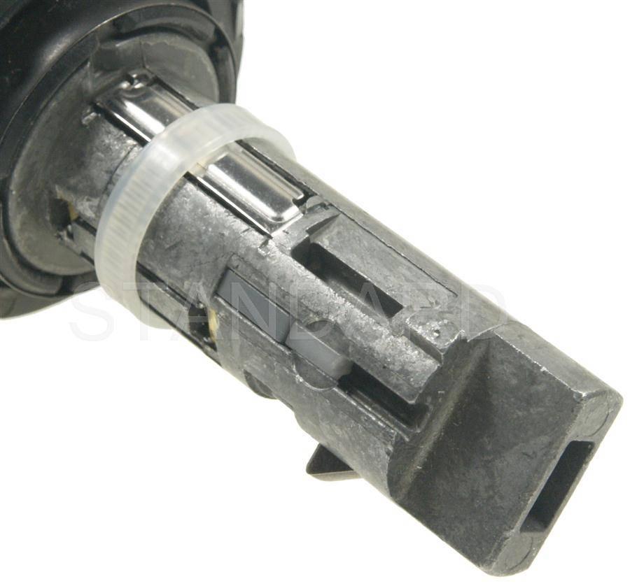 Standard US227LK Ignition Lock Cylinder Fits 1998-1999 Chevrolet Suburban 1500