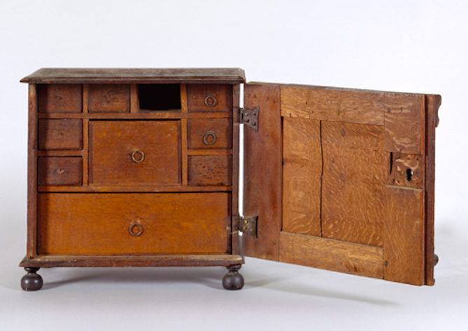 Valuables cabinet