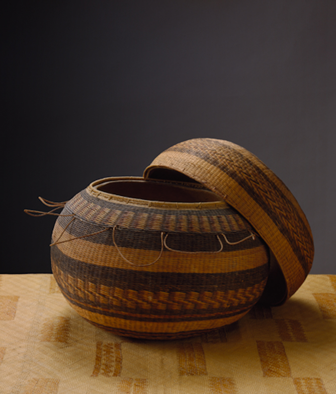 Hina'i poepoe (basketry-covered gourd storage container)