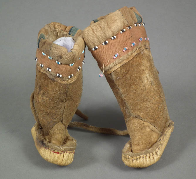 Pair of toy boots