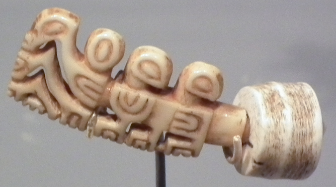 Pu taiana (women's ear ornament)