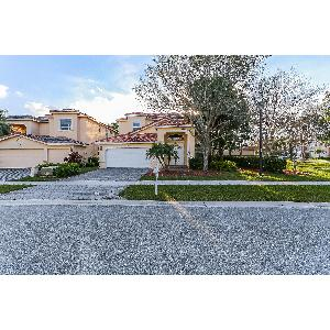Home for rent in Lake Worth, FL