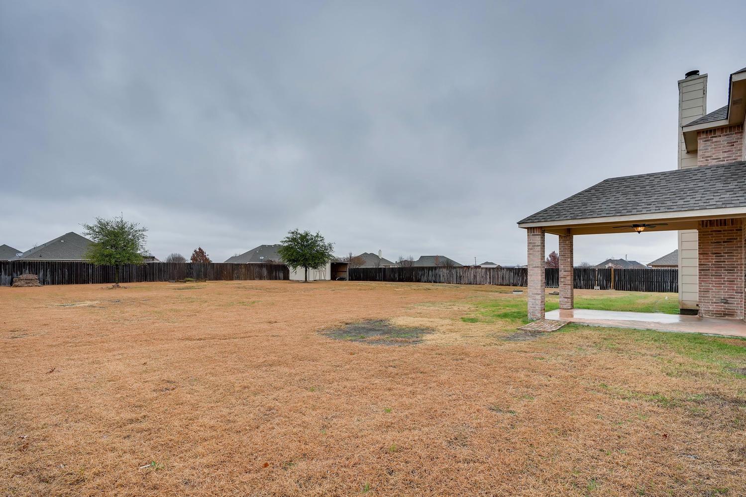 Photo of 112 Dublin Circle , Waxahachie , TX , 75165