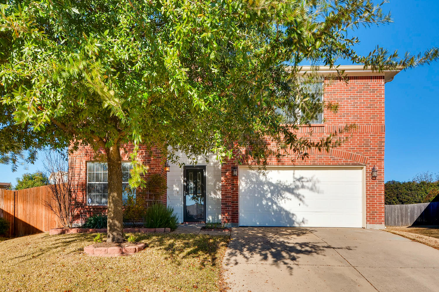 Photo of  9233 Monument Ct , Fort Worth , TX , 76244