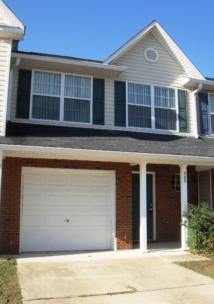 rental homes in Crestview