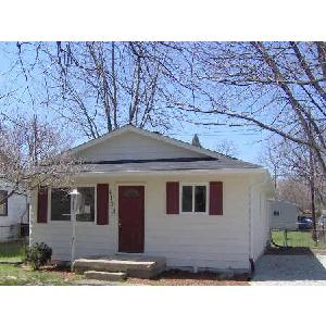 !!REDUCED!! Great spot! 3 bedroom 1 1/2 bath in Lawrence Township
