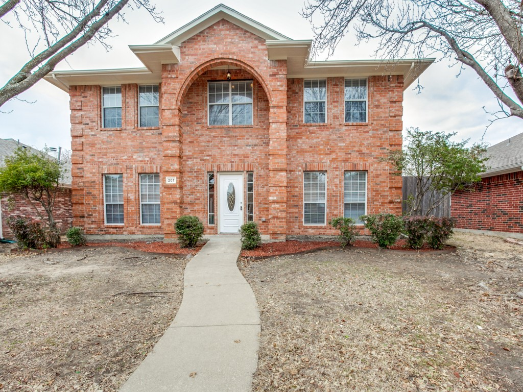 207 Browntown Rd Wylie, TX 75098