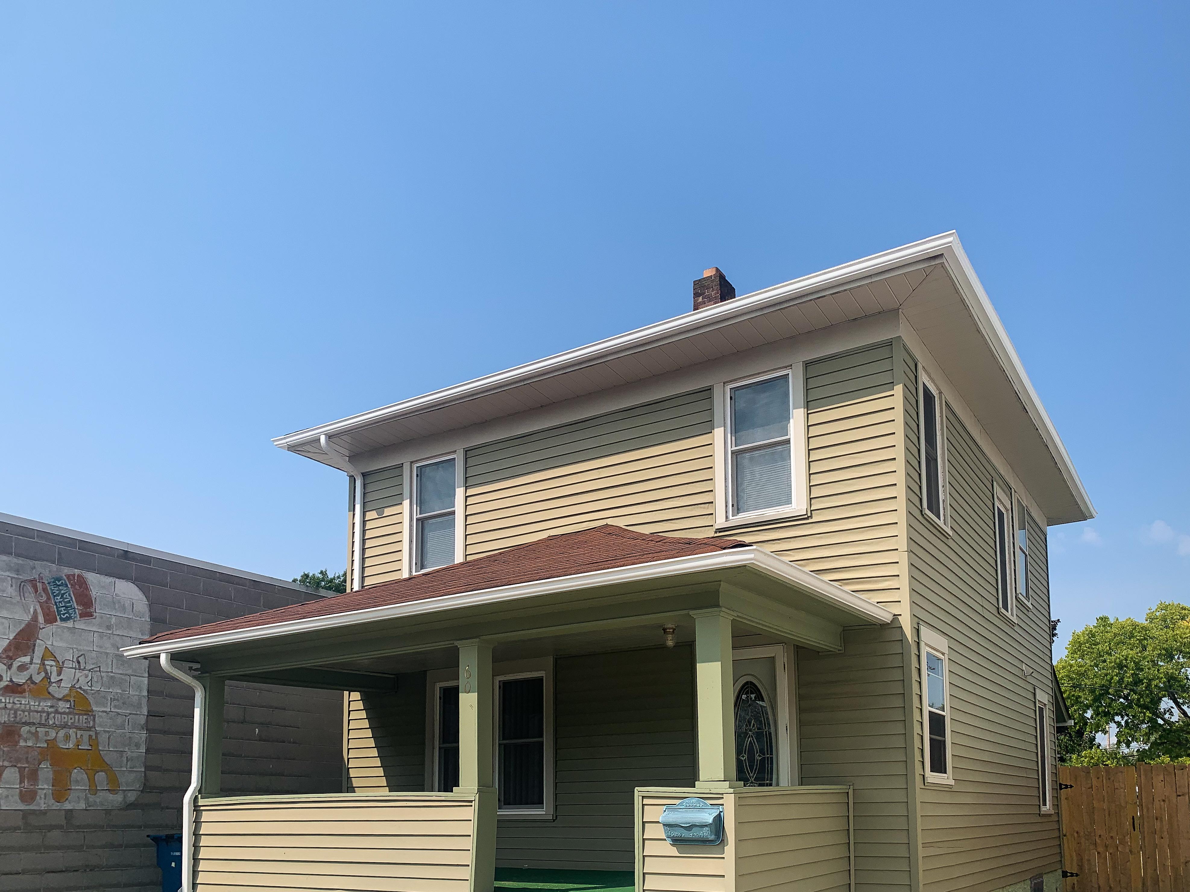 3/1 Home @ 608 E Mishawaka Ave, Mishawaka