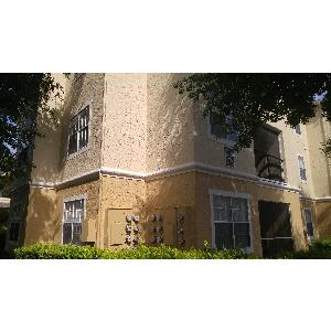 One Bedroom Orlando Condo in Gated Community with Pool