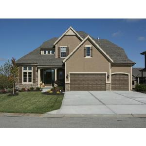 Home for rent in Lenexa, KS