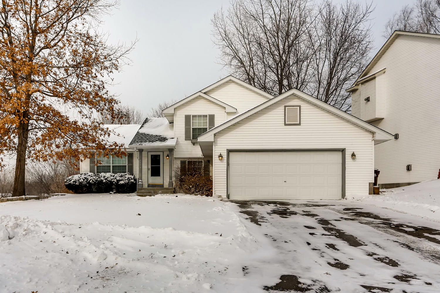 Photo of 8468 Jeffery Ave S, Cottage Grove, MN, 55016