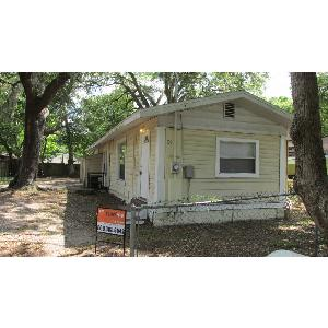4 BEDROOM, 2 BATH HOUSE FOR ONLY $950!!!