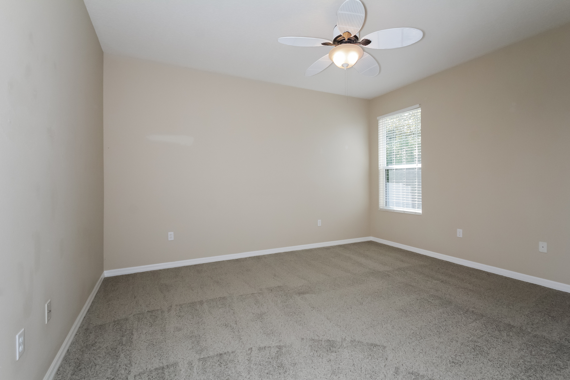 Photo of 14014 1st Avenue E, Bradenton, FL 34212