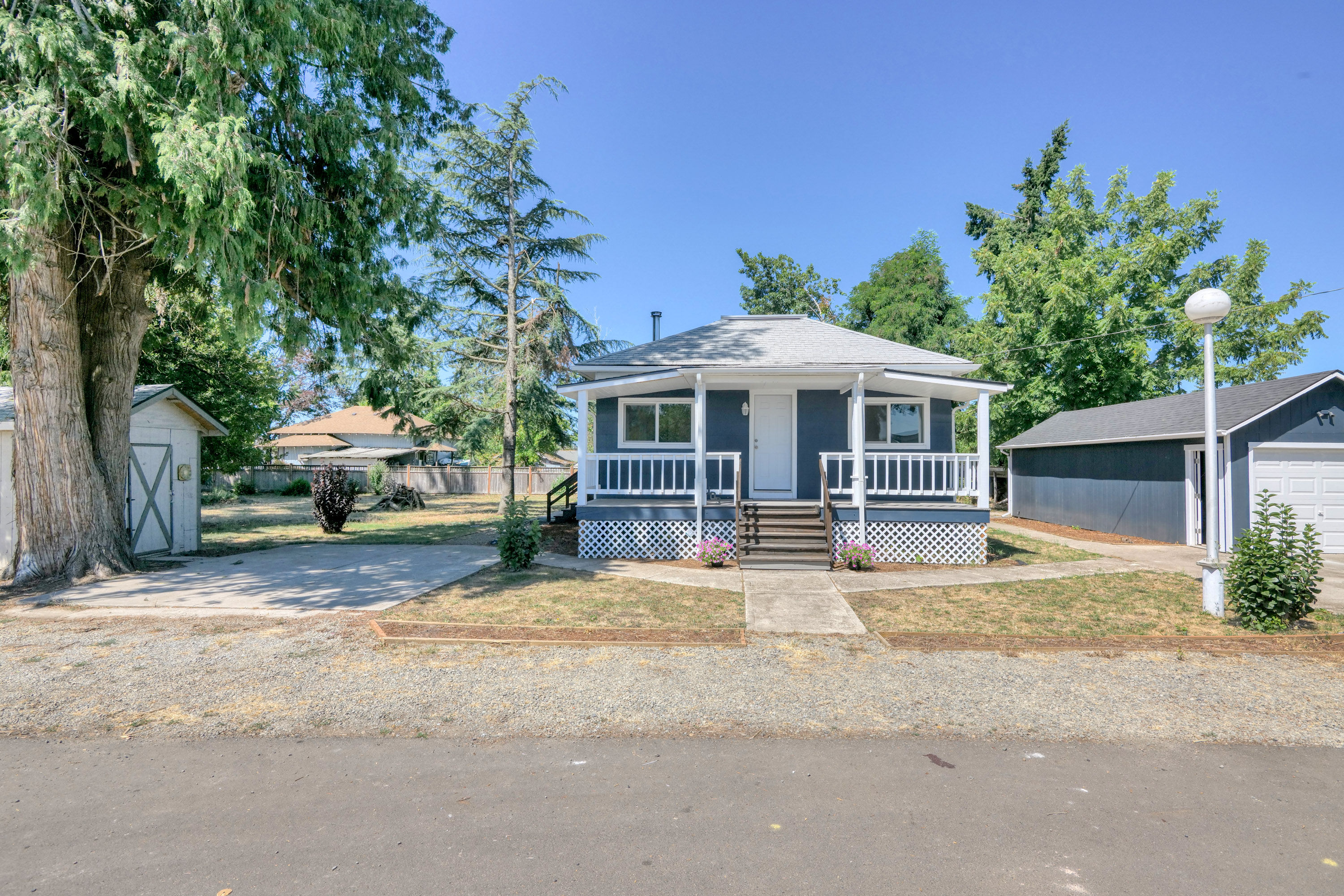 Lovely Remodeled 3 Bedroom, 2 Bath in Canby