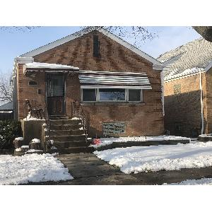 Home for rent in Shorewood, IL