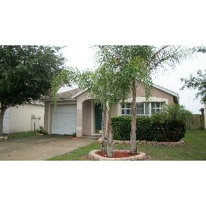 3 BEDROOM 2 BATH HOME-FENCED & ON LAKE IN LUTZ