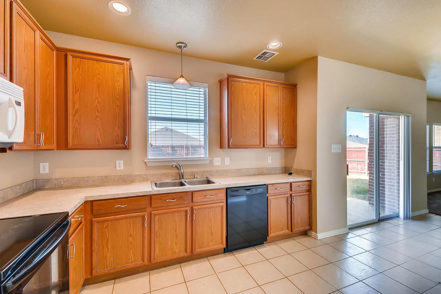 Photo of 14533 Eaglemont Drive , Little Elm , TX , 75068