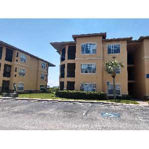 2 Bed/2 Bath Top-Floor Condo Steps from the Bay