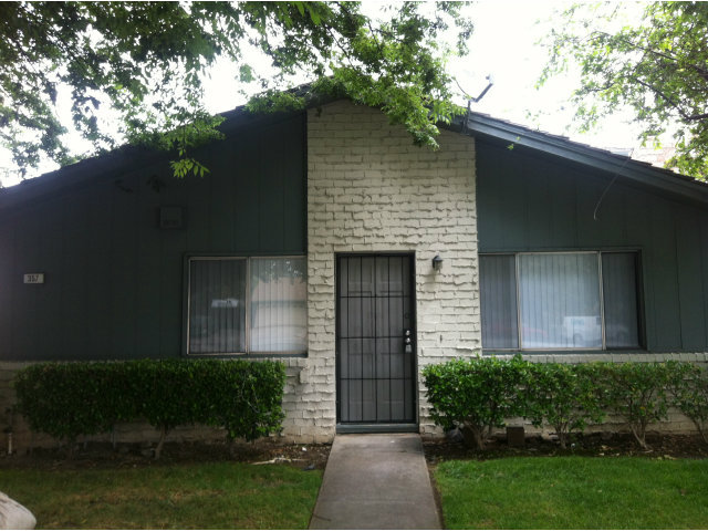 Beautifully Updated 2 Bed/ 1 Bath Condo in South San Jose