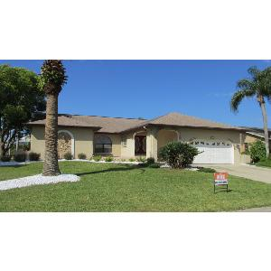 Deep water canal front updated 3/2 pool home w/dock