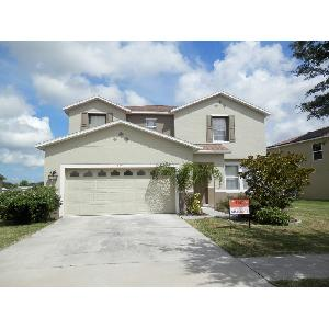 Large 2 Sty Home w/Upgrades & Pond Views
