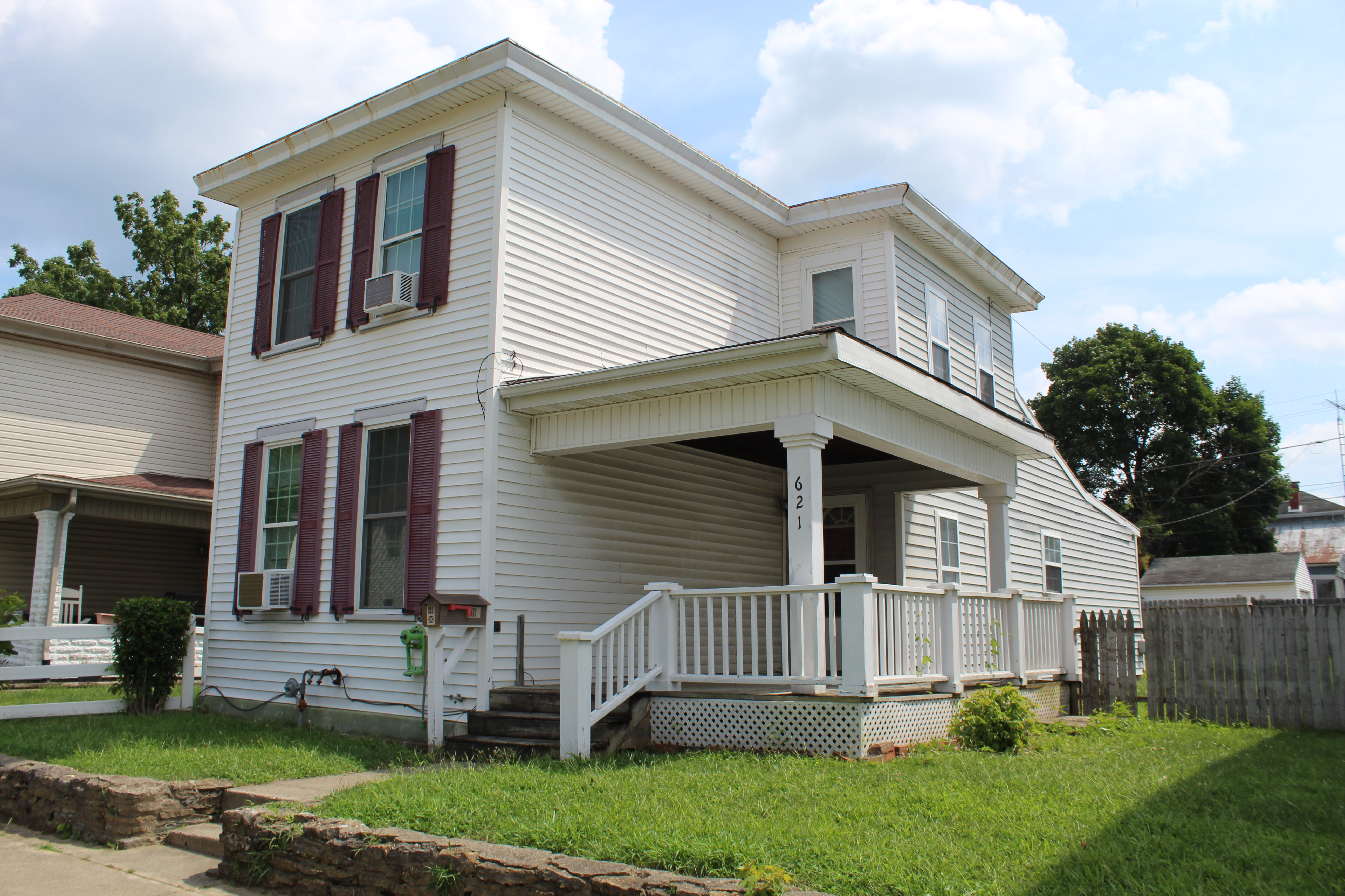 Lovely 2 Br Single Family Home with Nice Yard