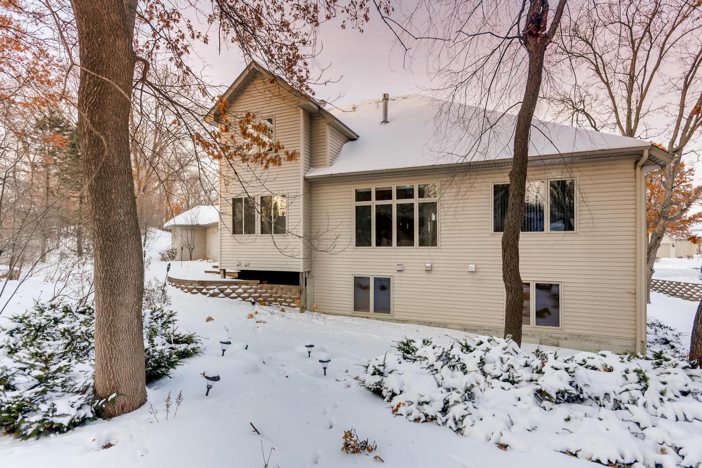 Photo of 13227 Grand Oak Court Apple Valley, MN 55124