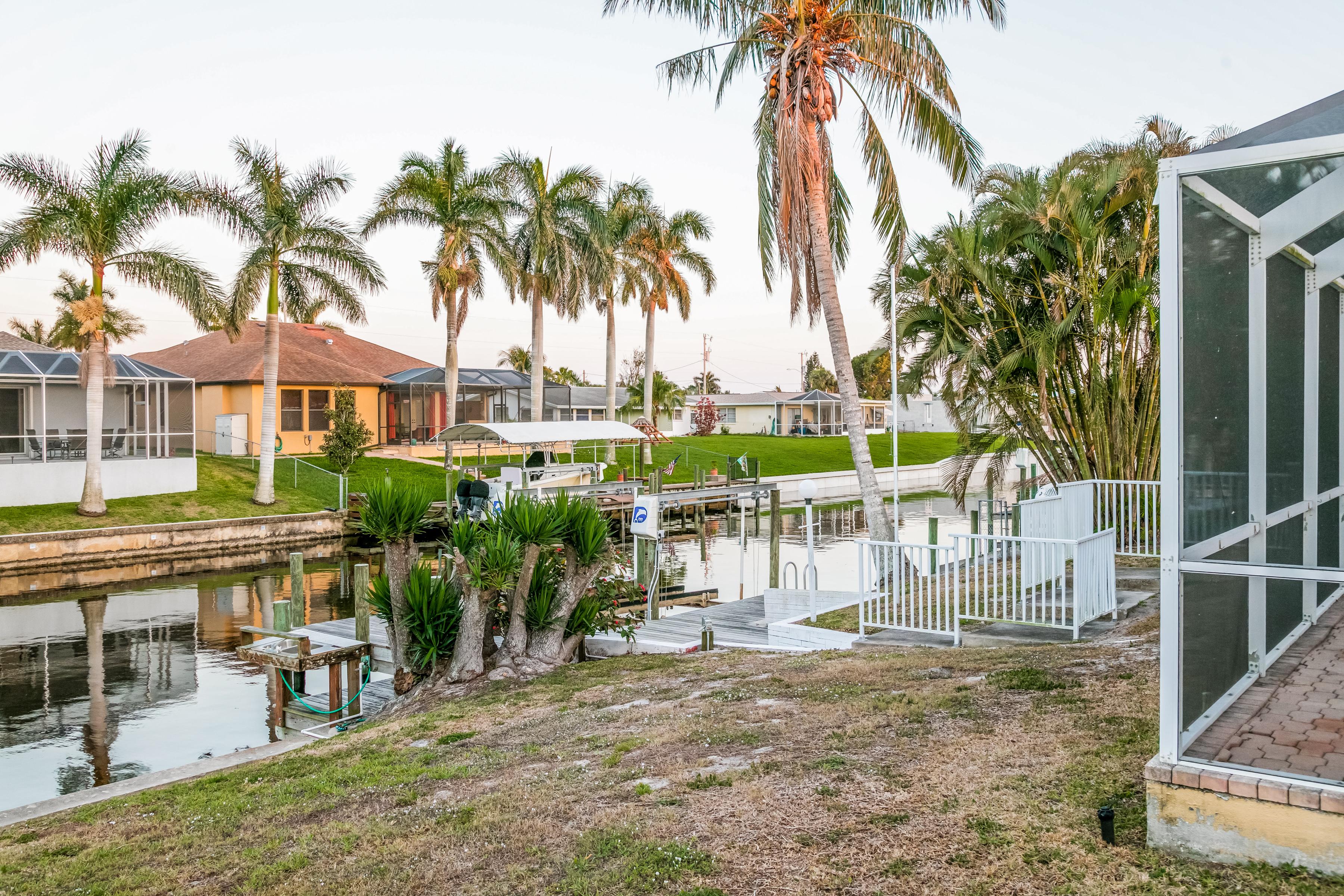 Photo of 3105 SE 16th Place , Cape Coral , FL , 33904