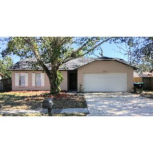 Available NOW! 2 Bedroom 1.5 Bath home