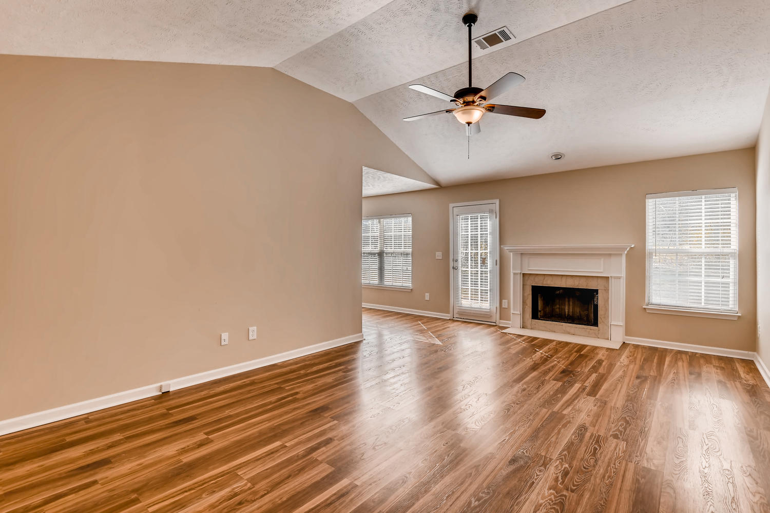Photo of 3504 Flora Drive , Spring Hill , TN , 37174