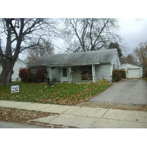 Available in October!!  Quiet street in Old Greenwood.  3 Bedroom.