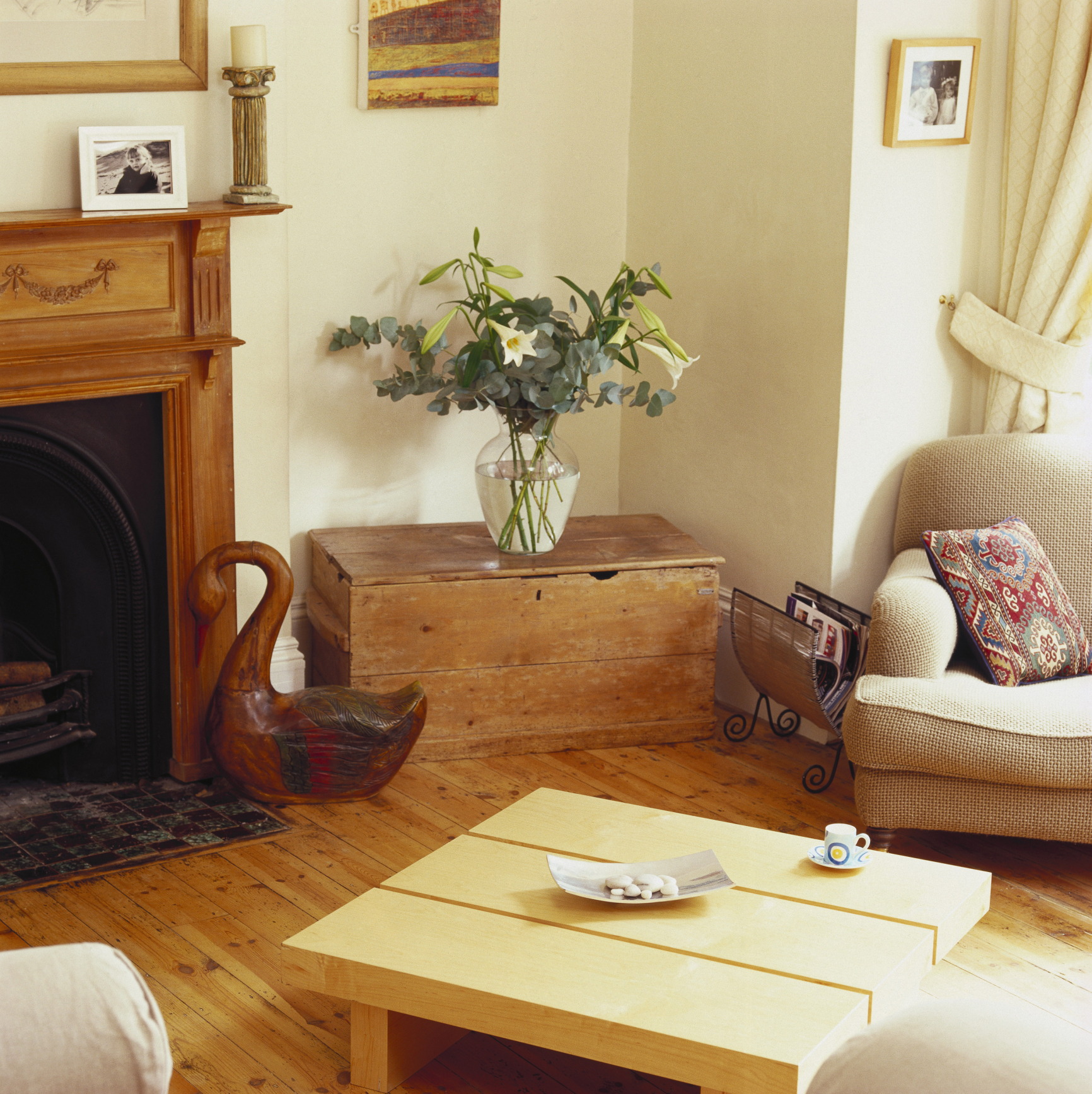 wooden fireplace surround - Designs For Fireplaces