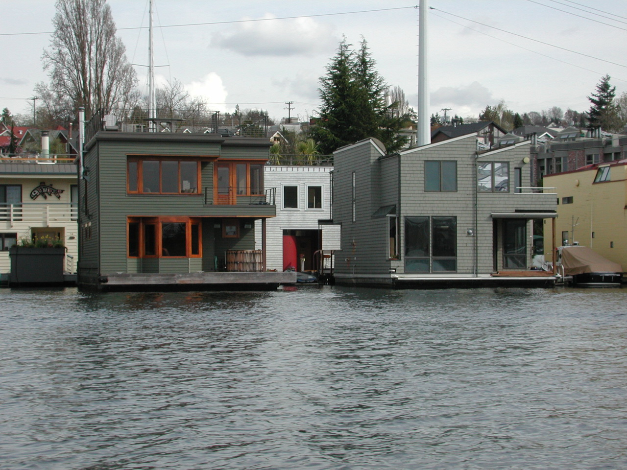 Floating homes vancouver wa avie home for Vancouver washington home builders