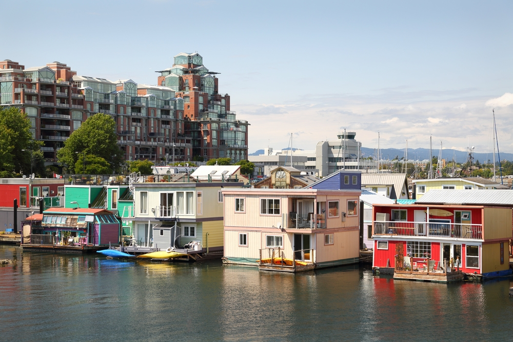 Photo of a floating house neighborhood in Vicotria, BC