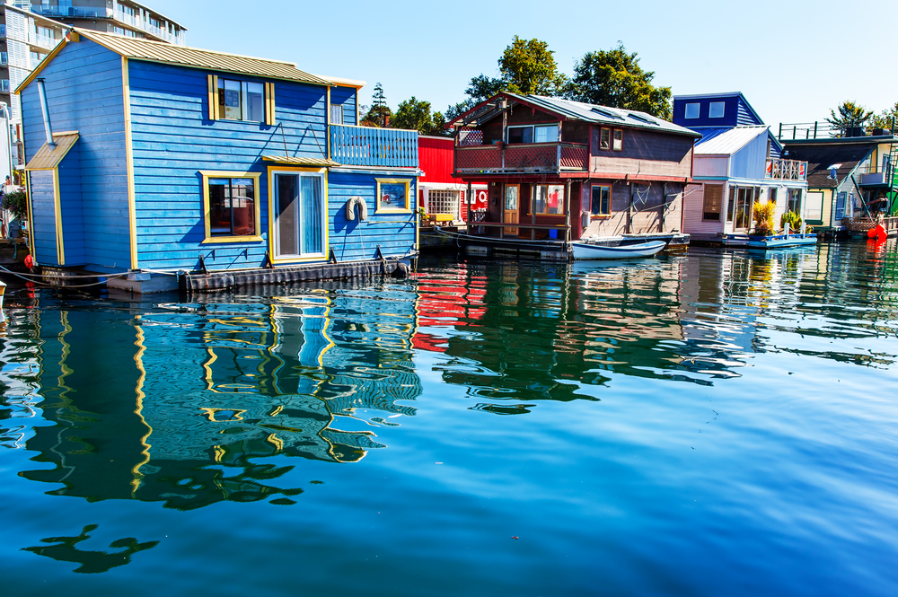 Floating houses at Fisherman's Warf - Inner Harbor in Victoria, BC