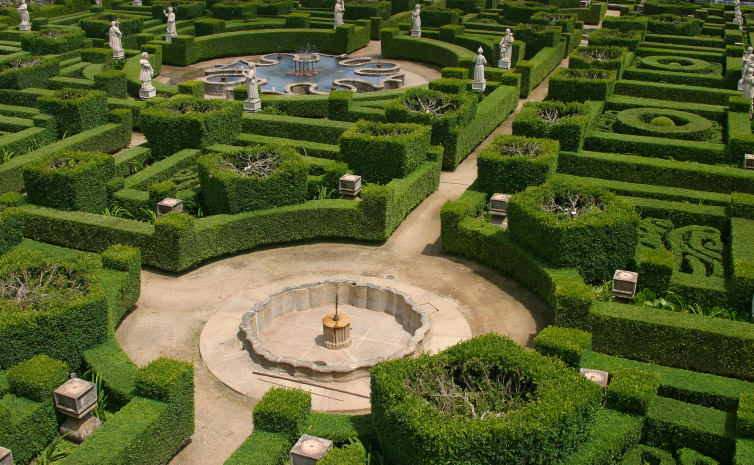 Massive series of garden mazes surrounding large fountain
