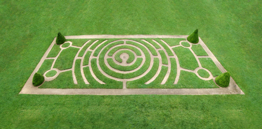 Simple grass maze design in large rectangle field