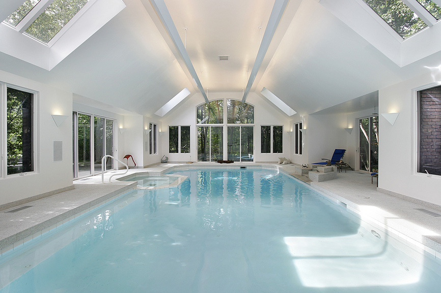 32 indoor swimming pool design ideas 32 stunning pictures. Black Bedroom Furniture Sets. Home Design Ideas