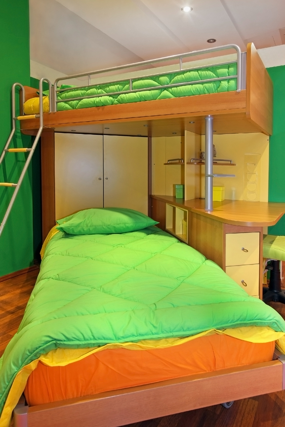 fun bedroom for 2 kids with large bunk bed and builtin desk - Kids Bedroom