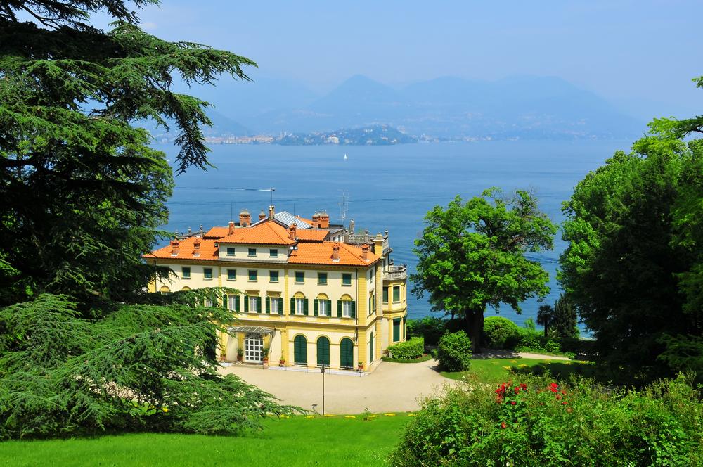 Villa on Lake Maggiore in Italy
