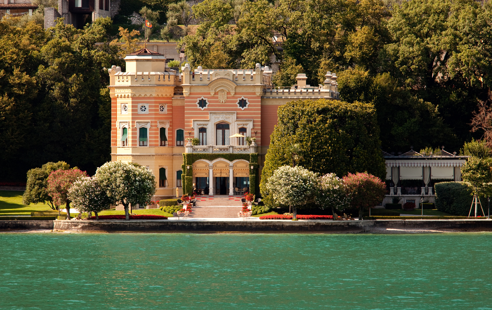 Villa on Lake Garda in Italy