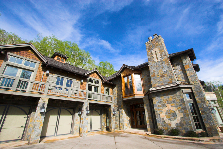 33 Stunning Log Home Designs Photographs