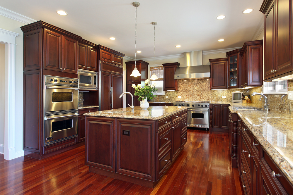 Make Up This Large Custom Kitchen With A Long And Wide Matching Island