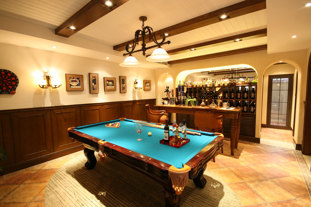 Basement billiard table with bar